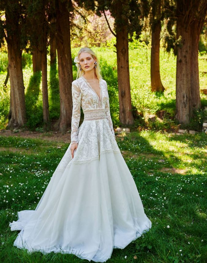 br19-70-constarellos-675x858 150+ Bridal Fashion Trends and Ideas for Fall/winter 2019