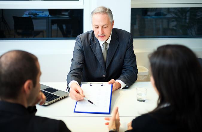divorce-675x442 Top 7 Ways Smart Divorce Lawyer can Help Rebuilding Your Life Again