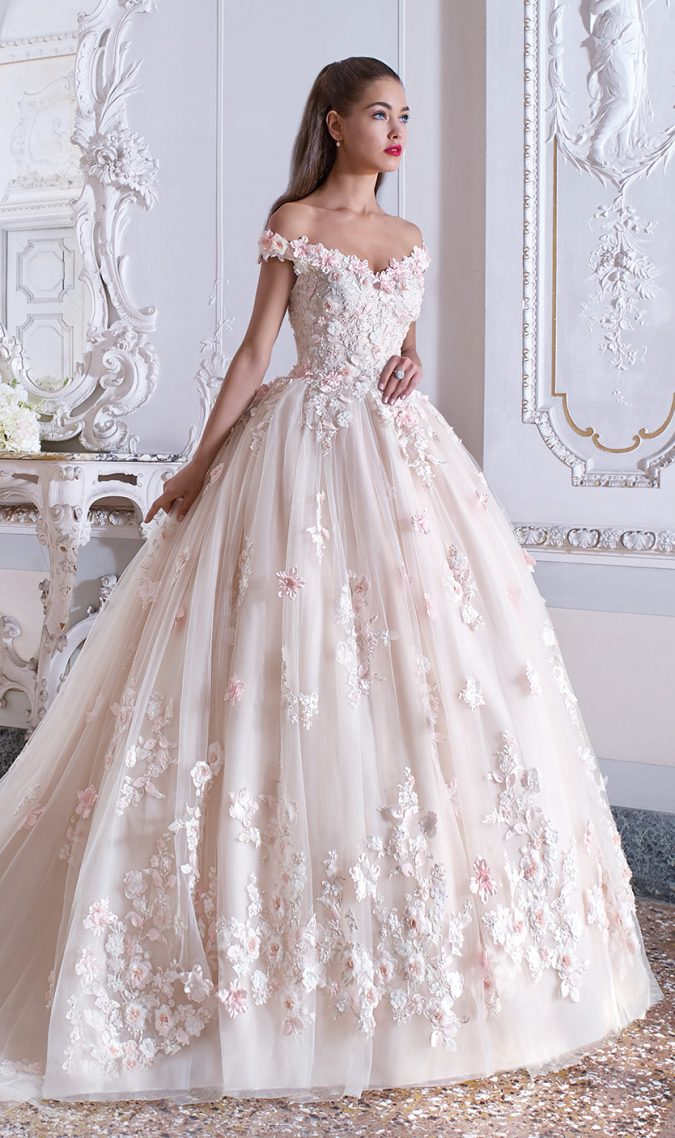 floral_wedding_dresses-675x1138 150+ Bridal Fashion Trends and Ideas for Fall/winter 2019