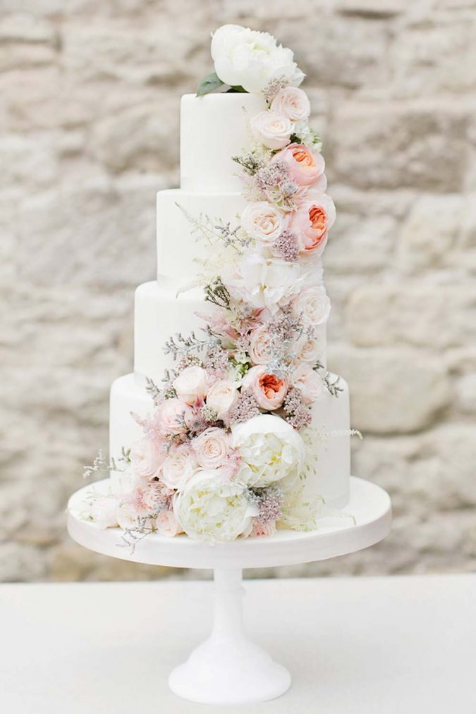 fresh-wedding-cake-675x1013 10 Outdated Wedding Trends to Avoid in 2019