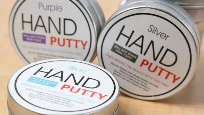 hand-putty-crazy-magnetic-slime-4-675x380 Crazy Magnetic Slime