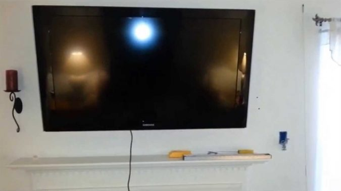lcd-TV-wires-1-675x379 Legrand In-wall TV Power Kit: How to Hide the TV Wires Elegantly