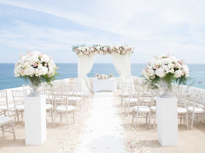 simple-wedding-675x506 10 Outdated Wedding Trends to Avoid in 2019