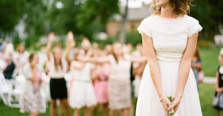 Photo of 10 Outdated Wedding Trends to Avoid in 2019