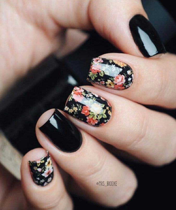 floral-nail-art-design-2-675x803 60+ Most Fabulous Winter Nail Design Ideas This Year
