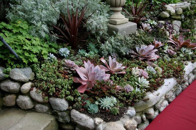 home-garden-675x450 Creating an Environmentally Friendly Garden through Xeriscaping