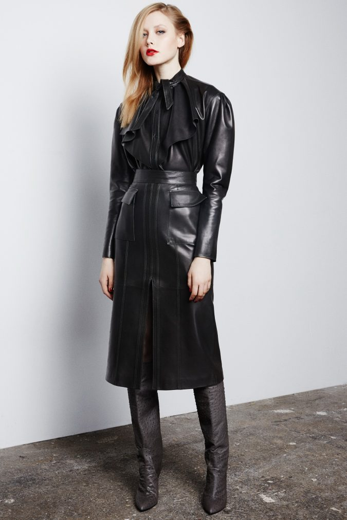 leather-Skirt-Suit-For-Fall-Winter-2015-2016-women-outfit-675x1012 70+ Elegant Winter Outfit Ideas for Business Women in 2019