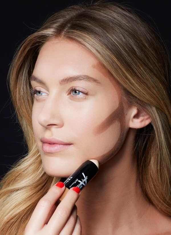 makeup-Natural-looking-contouring Top 10 Wedding Makeup Trends for Brides in 2020
