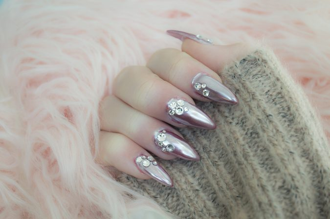 metallic-nail-art-675x449 60+ Most Fabulous Winter Nail Design Ideas This Year