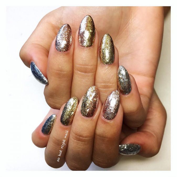 nail-art-4-675x675 60+ Most Fabulous Winter Nail Design Ideas This Year