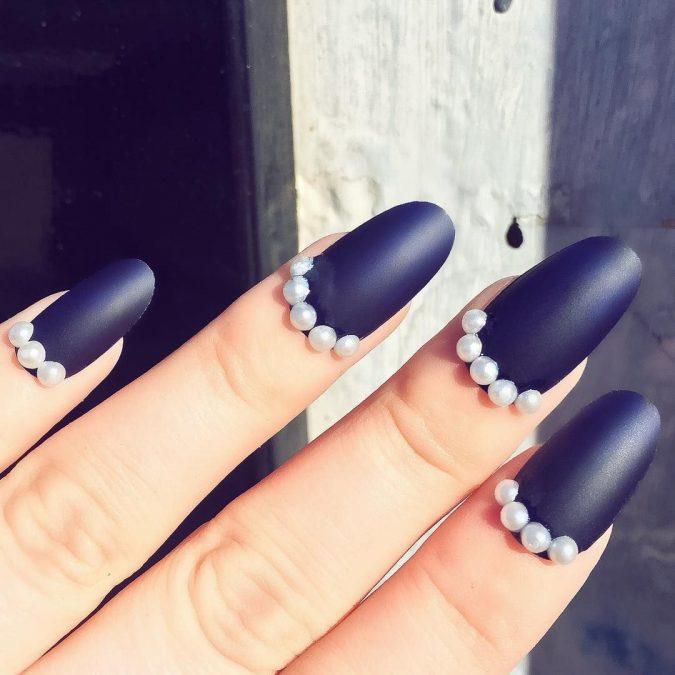 nail-art-pearls-675x675 60+ Most Fabulous Winter Nail Design Ideas This Year