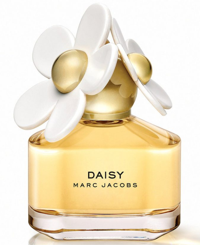 perfume-Marc-Jacobs-Daisy-675x827 15 Stunning Fragrances for Women in 2020