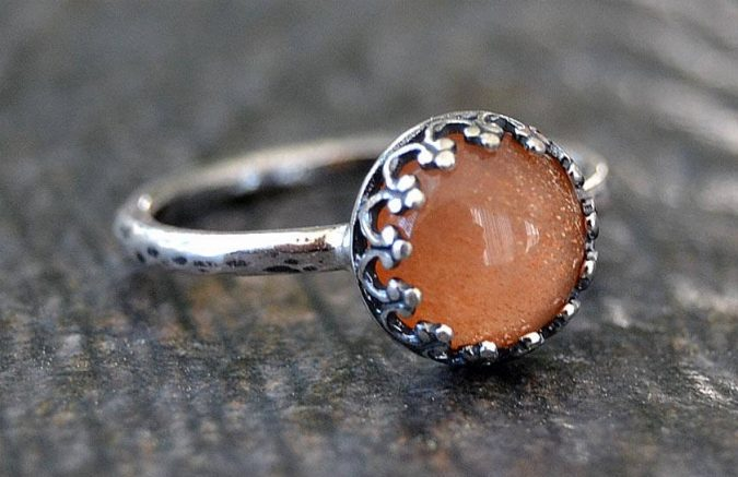 sterking-silver-ring-with-sunstone-675x437 60+ Stellar Sterling Silver Rings for Women