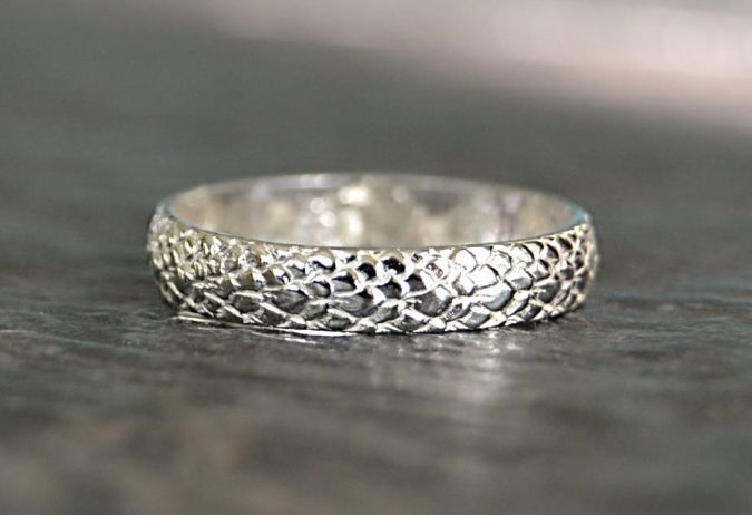 sterling-silver-ring-13-675x462 60+ Stellar Sterling Silver Rings for Women