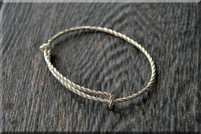sterling-silver-ring-6-2-675x451 60+ Stellar Sterling Silver Rings for Women