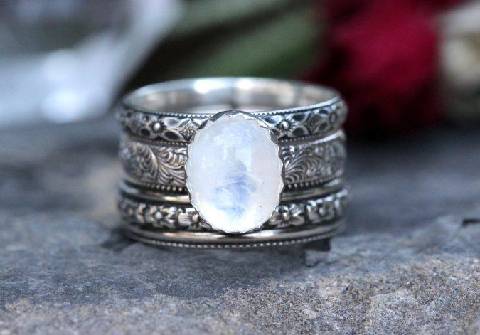 sterling-silver-ring-8-675x471 60+ Stellar Sterling Silver Rings for Women