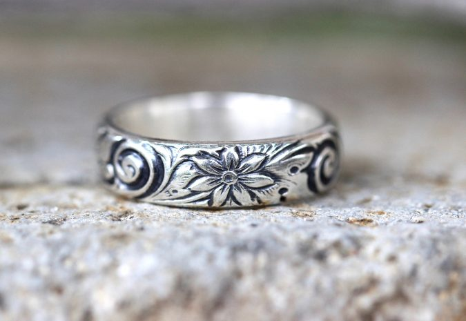 sterling-silver-ring-embellished-675x465 60+ Stellar Sterling Silver Rings for Women