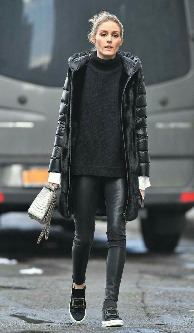winter-outfit-all-black-style-2-675x1156 70+ Elegant Winter Outfit Ideas for Business Women