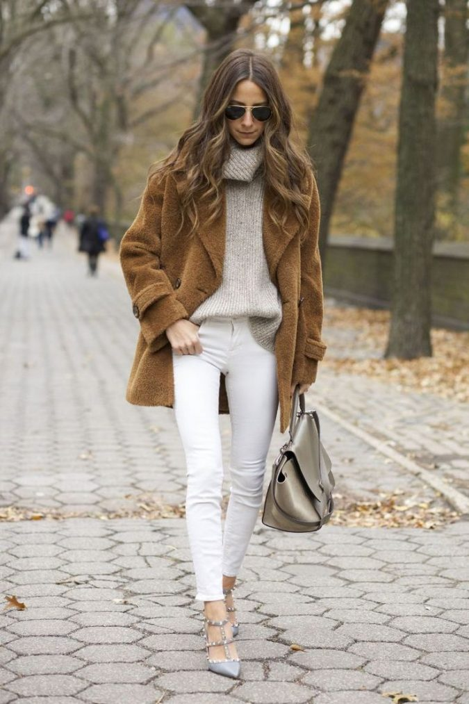 women-outfit-of-different-textures-675x1013 70+ Elegant Winter Outfit Ideas for Business Women in 2019