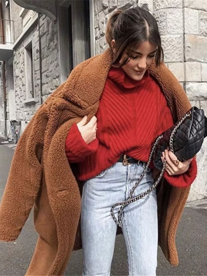 women-outfit-with-oversized-coat-675x900 70+ Elegant Winter Outfit Ideas for Business Women in 2019