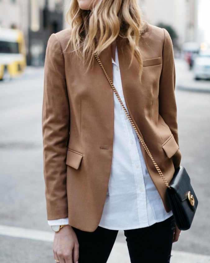 women-winter-outfit-with-white-shirt-675x844 70+ Elegant Winter Outfit Ideas for Business Women