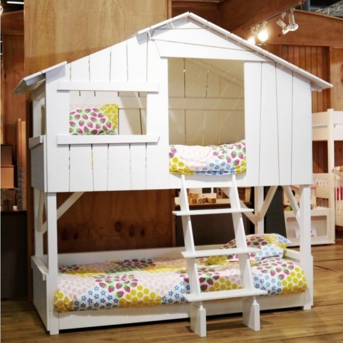 A-mini-House-in-a-House-1-675x675 15 Simple Décor Tips to Make Your Kids' Room Look Attractive