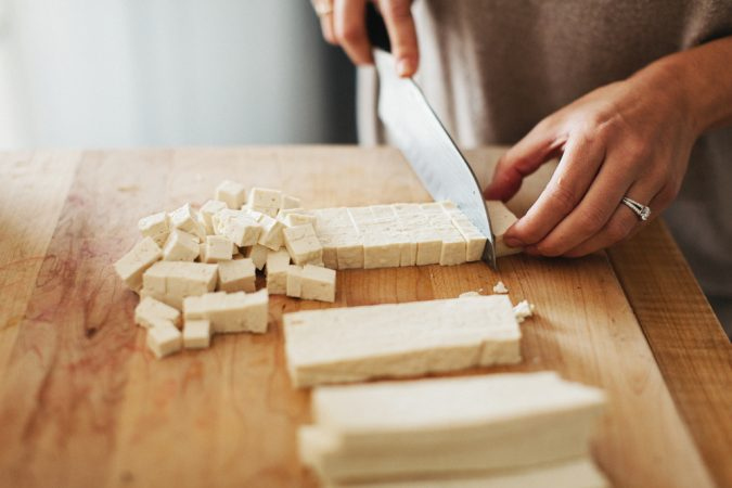 Crispy-Tofu-1-675x450 14 Easy Tricks for Anyone Who Likes Vegetarian Food