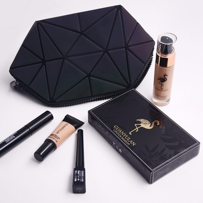 GUANYULAN-New-Year-Professional-Surprise-Makeup-Set-Matte-Lipstick-Mascara-Eyeliner-Foundation-Concealer-With-glisten-Handbag-675x675 15 Must-have Beauty Products in Your Handbag