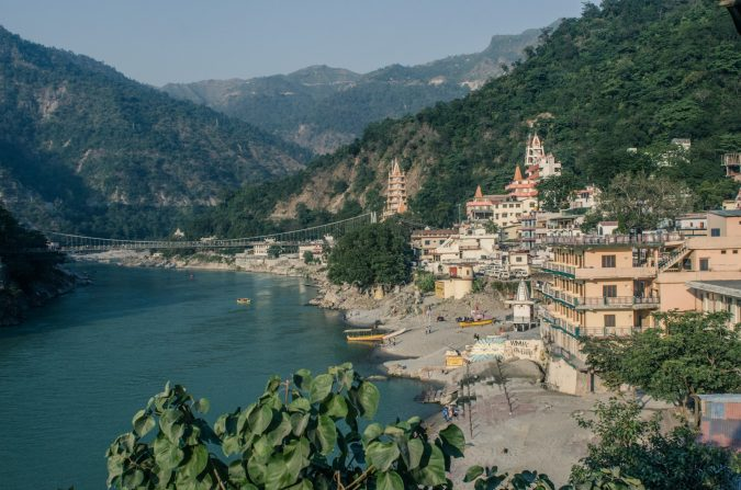 Rishikesh-India-Ganges-River-675x447 6 Top Reasons to Visit India