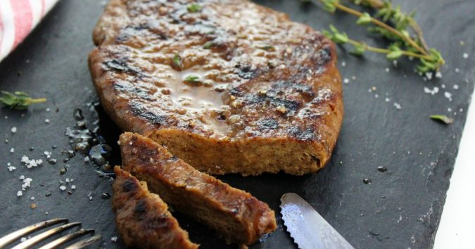Seitan-steak-675x354 14 Easy Tricks for Anyone Who Likes Vegetarian Food