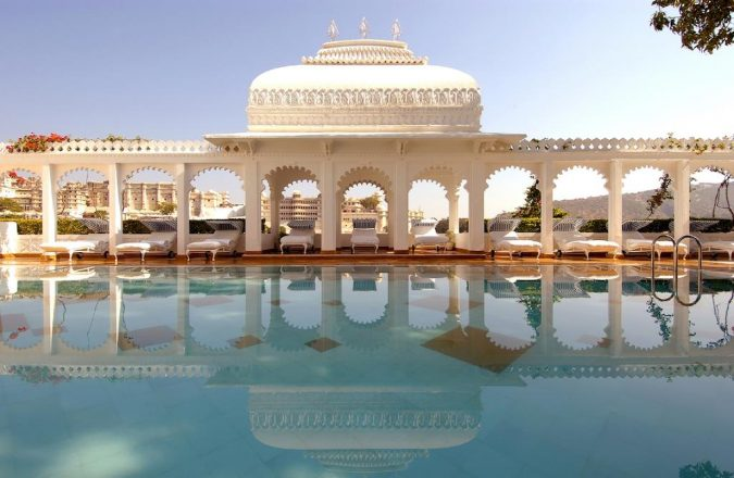 Taj-Lake-palace-hotel-in-india-2-675x440 6 Top Reasons to Visit India