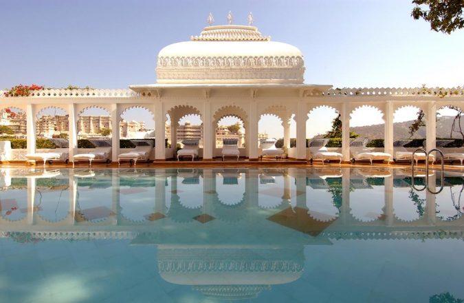 Taj-Lake-palace-hotel-in-india-2-675x440 6 Top Reasons to Visit India