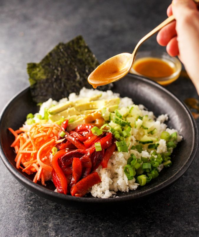 Vegan-sushi-bowl.-675x803 14 Easy Tricks for Anyone Who Likes Vegetarian Food