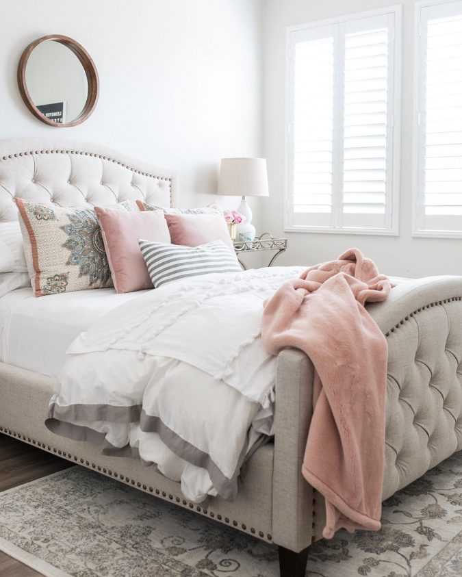 bedroom-decor-blush-touch-675x843 20 Cheapest Bedroom Ideas to Make Your Space Look Expensive