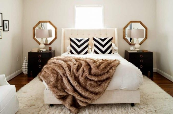 bedroom-decor-faux-fur-blanket-675x447 20 Cheapest Bedroom Ideas to Make Your Space Look Expensive