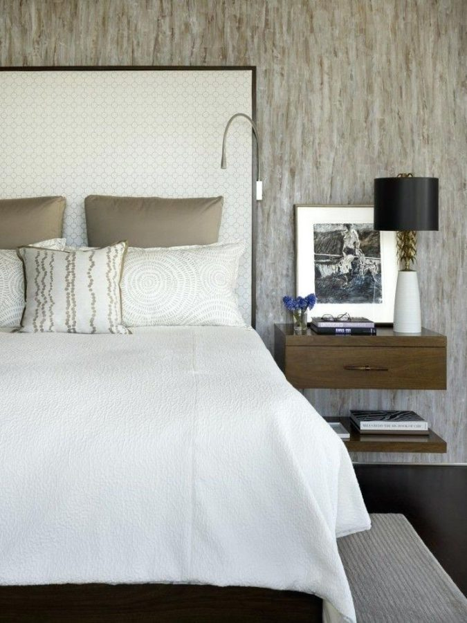bedroom-decor-nightstand-3-675x901 20 Cheapest Bedroom Ideas to Make Your Space Look Expensive