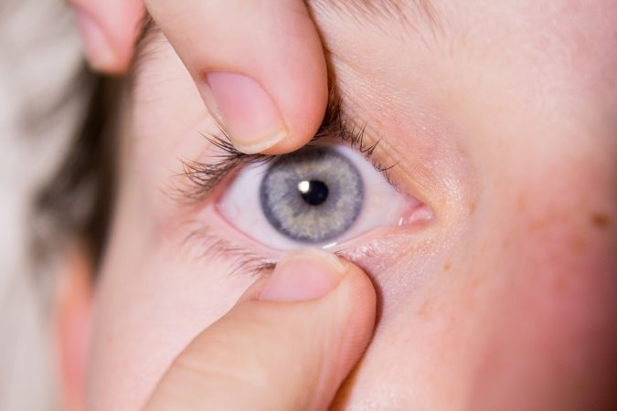colored-contact-lense-grey-675x450 11 Facts about Colored Lenses that May Surprise You
