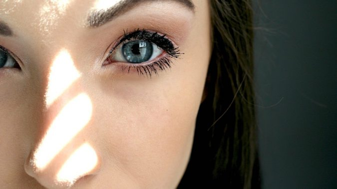colored-contact-lenses-blue-675x379 11 Facts about Colored Lenses that May Surprise You