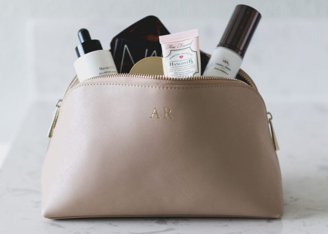 face-primer-1-675x482 15 Must-have Beauty Products in Your Handbag