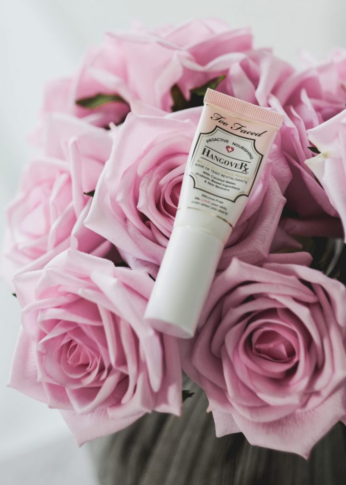 face-primer.-675x945 15 Must-have Beauty Products in Your Handbag