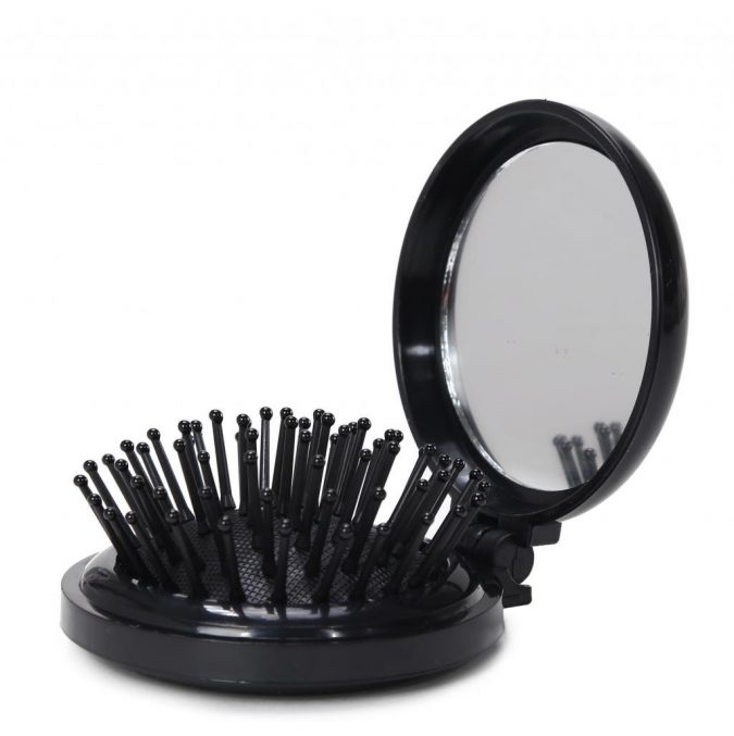 hair-brush-675x677 15 Must-have Beauty Products in Your Handbag