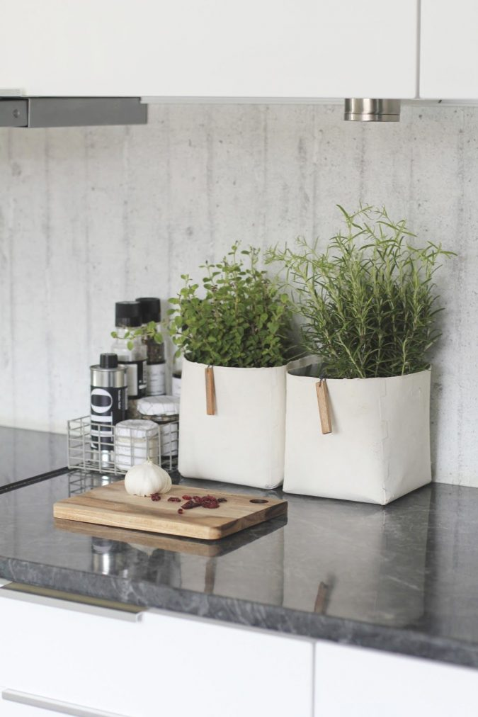 kitchen-decor-planted-herbs-675x1012 Top 18 Creative Kitchen Decoration Tricks No One Told You About