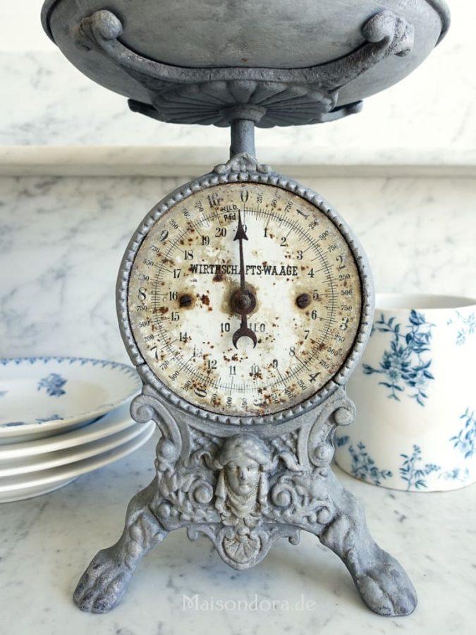 kitchen-decor-weighing-machine-675x900 Top 18 Creative Kitchen Decoration Tricks No One Told You About