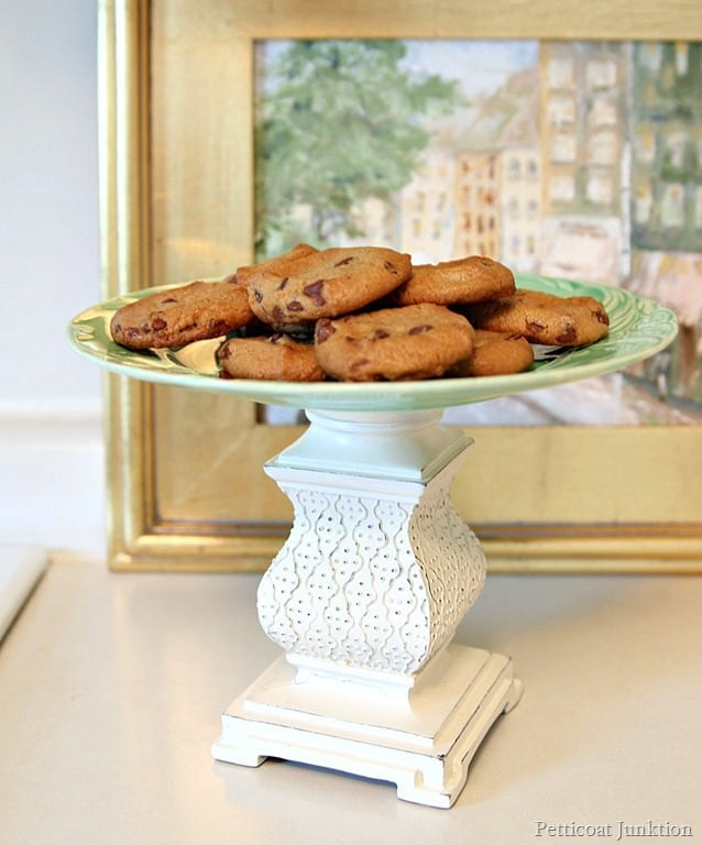 kitchen-decoration-biscuits-decorative-stand Top 18 Creative Kitchen Decoration Tricks No One Told You About