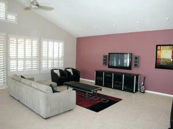 small-living-room-2-675x506 Best 14 Tips to Follow When Planning a Small Living Room