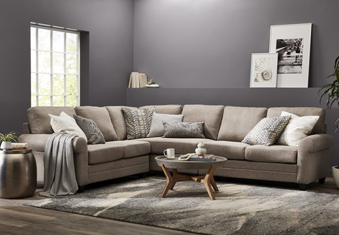 small-living-room-7-675x467 Best 14 Tips to Follow When Planning a Small Living Room