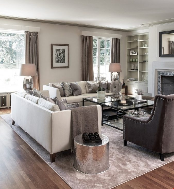 small-living-room-metallic-accent-675x730 Best 14 Tips to Follow When Planning a Small Living Room