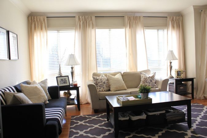 small-living-room-translucent-curtains-675x450 Best 14 Tips to Follow When Planning a Small Living Room
