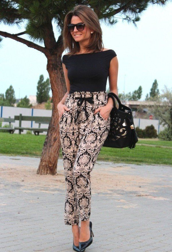 summer-work-outfit-black-blouse-printed-pants 80+ Elegant Summer Outfit Ideas for Business Women in 2019