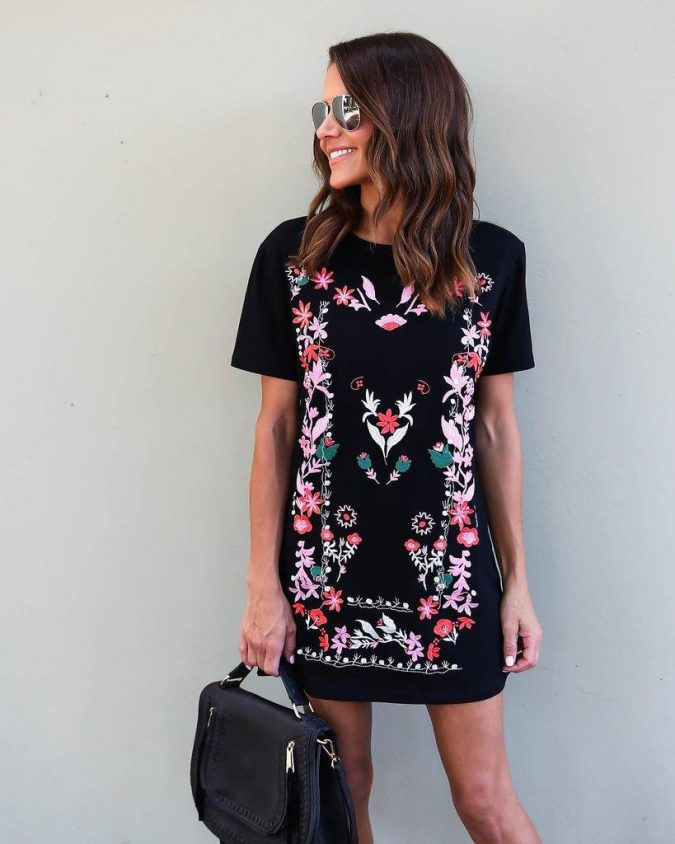 summer-work-outfit-floral-dress-4-675x844 80+ Elegant Summer Outfit Ideas for Business Women in 2019